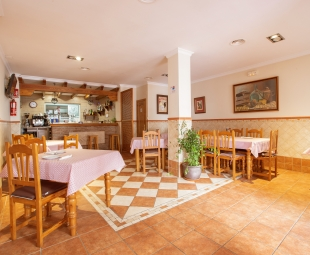 Main restaurant lounge